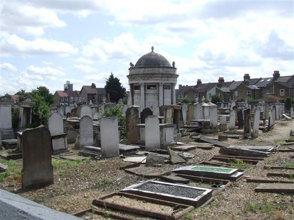 West Ham Jewish Cemetery (c) Simon Michael