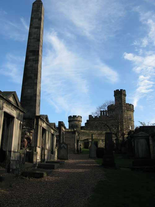 A graveyard in Edinburgh (c) Oscar de Muriel