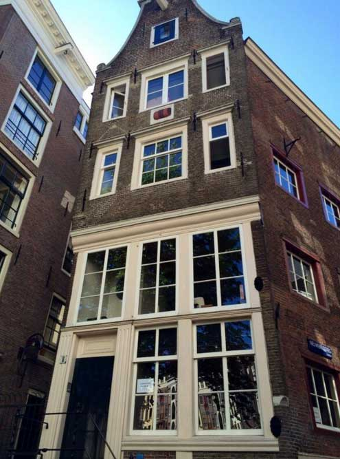 A typical Amsterdam house (c) Jessie Burton