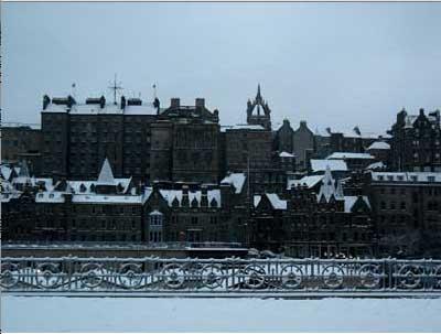 Edinburgh (c) Oscar de Muriel