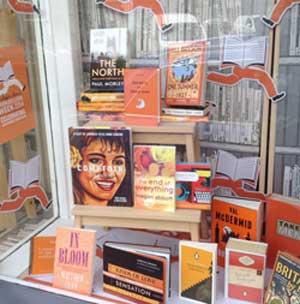 Window of Forum books