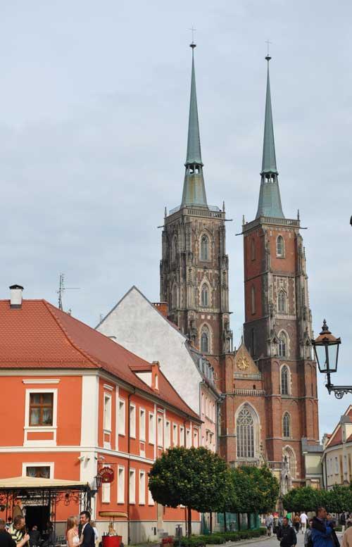 Breslau cathedral (c) Monkika-Jephcott-Thomas