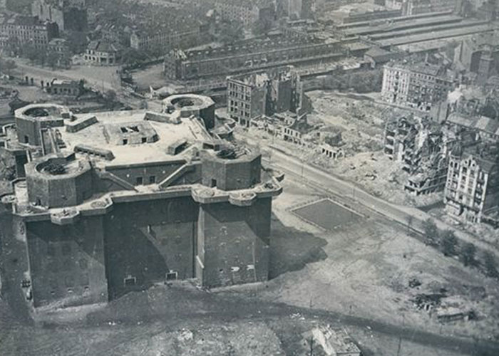 Flak Tower (c) Bild Archiv Kulterbesitz