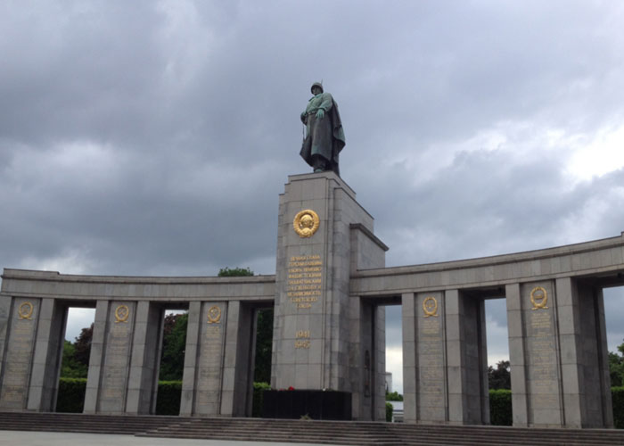 Red Army Memorial (c) (Luke Mcallister