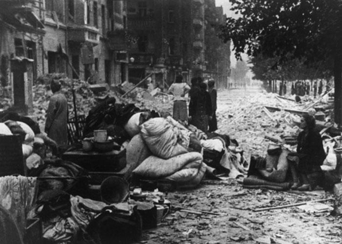 Ravages of war (c) Bild Archiv Kulterbesitz