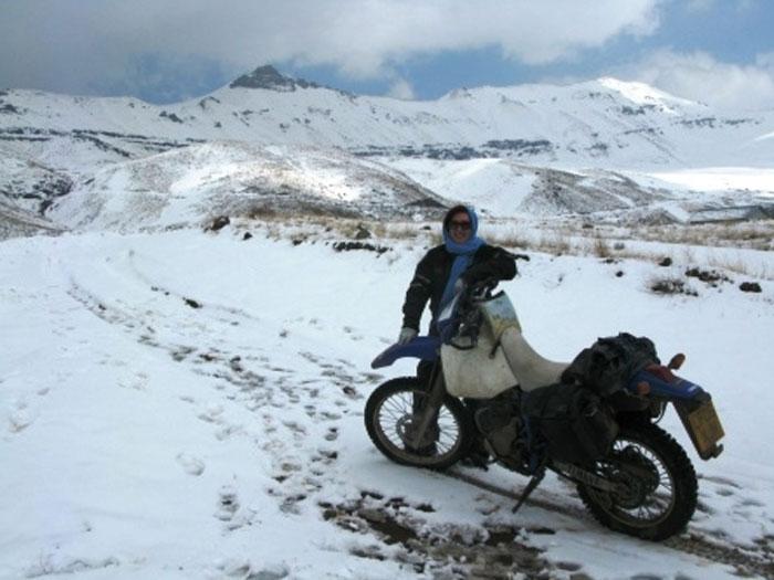 Snowcapped mountains (c) Lois Pryce
