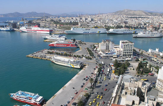 Piraeus (c) Wikipedia