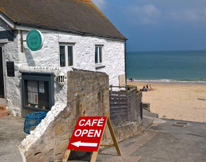 Porthgwidden Beach Cafe ©Miranda-Dickinson