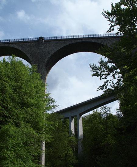 Lorzentöbelbrücke (Tobel Bridges) © Louise Mangos