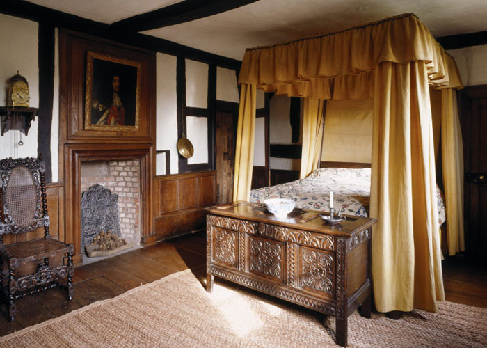 Moseley Old Hall – the royal bedroom (c) Moseley Old Hall