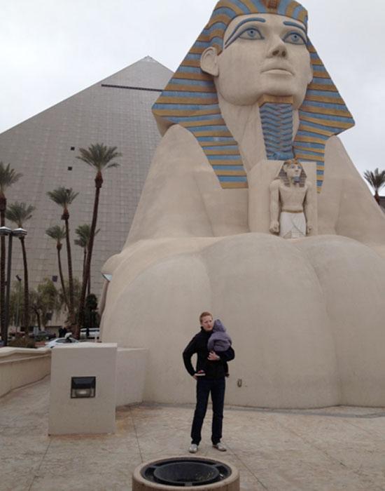Las Vegas Luxor Hotel (c) Rod Reynolds