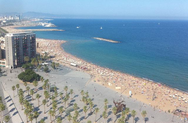 Barcelona beach (c) TheBookTrail