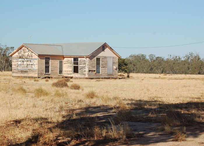 A deserted house in Australia (c) Chris Hammer