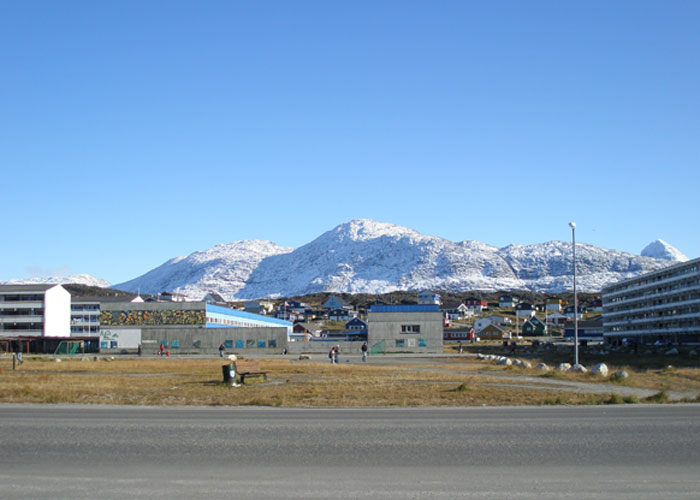 Nuuk mountains (c) Christoffer Petersen