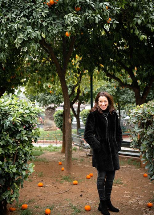 Victoria in Athens (c ) Victoria Hislop