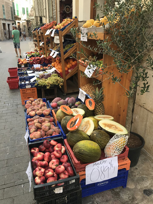 Fruit and veg in Soller (c) Fanny Blake