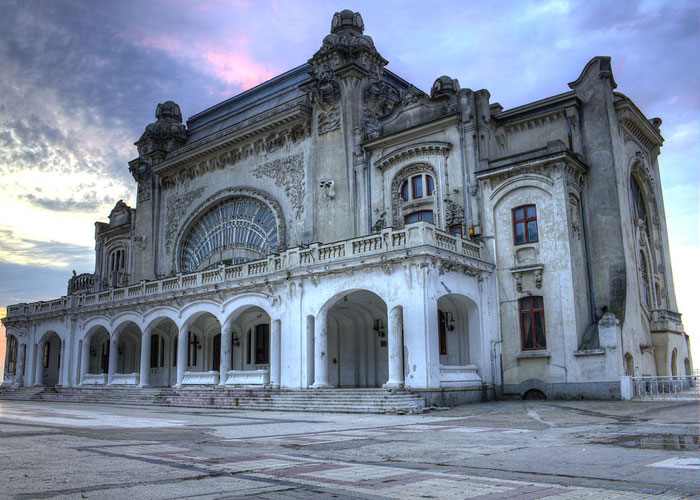 Travel to Bucharest with Bogdan Teodorescu