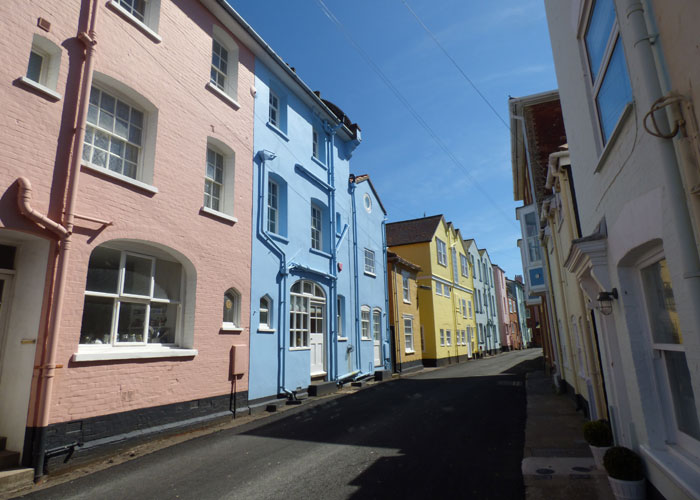 B-Aldeburgh-High-St-(c)-Isa