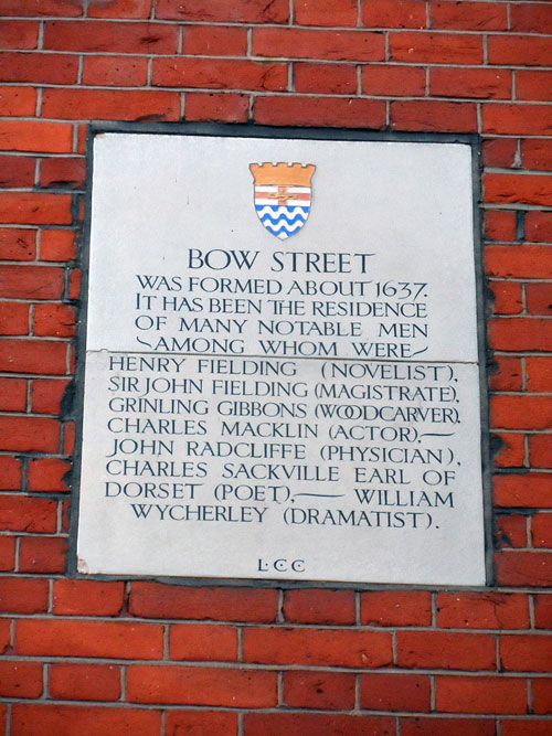 Bow Street plaque (c) Wikipedia