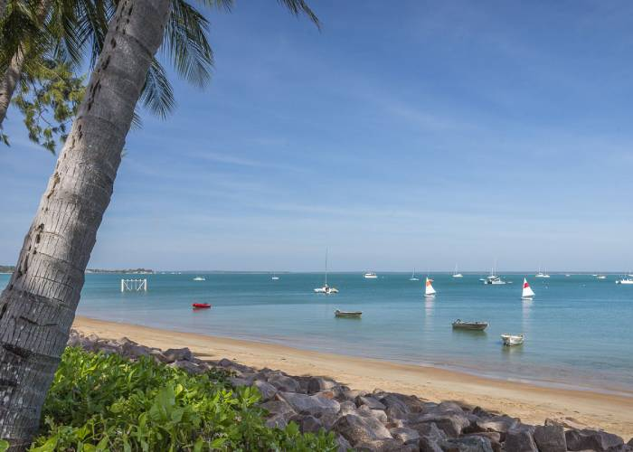 a beach in Darwin (c) enjoy-darwin.com
