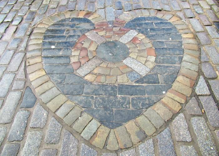 Heart of Midlothian mosaic (c) Flora Johnston