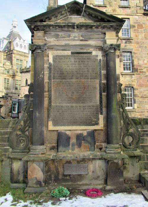 Covenanters' memorial(c) Flora Johnston
