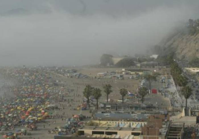 Neblina de Lima /Lima Fog (c) Peru 21