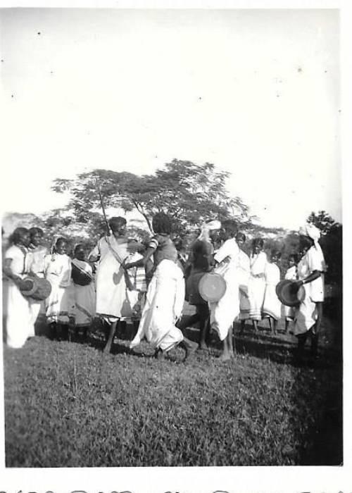 Dancers in India (c) Rebecca Smith